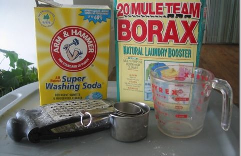 How to Make Your Own Laundry Soap (Tutorial)
