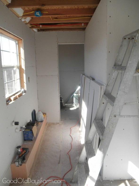 Building a Tiny House ~ GoodOldDaysFarm.com