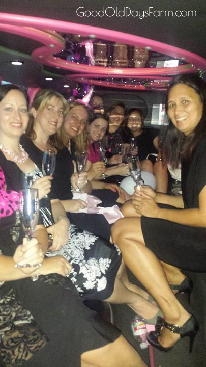 Mommy Party In the Limo!